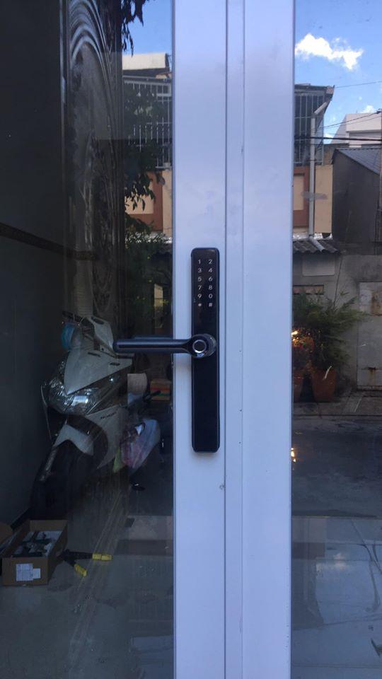 Thực hư thiết bị khóa cửa nhôm vân tay có an toàn không?-2