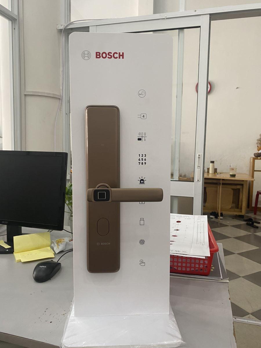 Khoá cửa điện tử Bosch ID 30B - màu vàng đồng-1