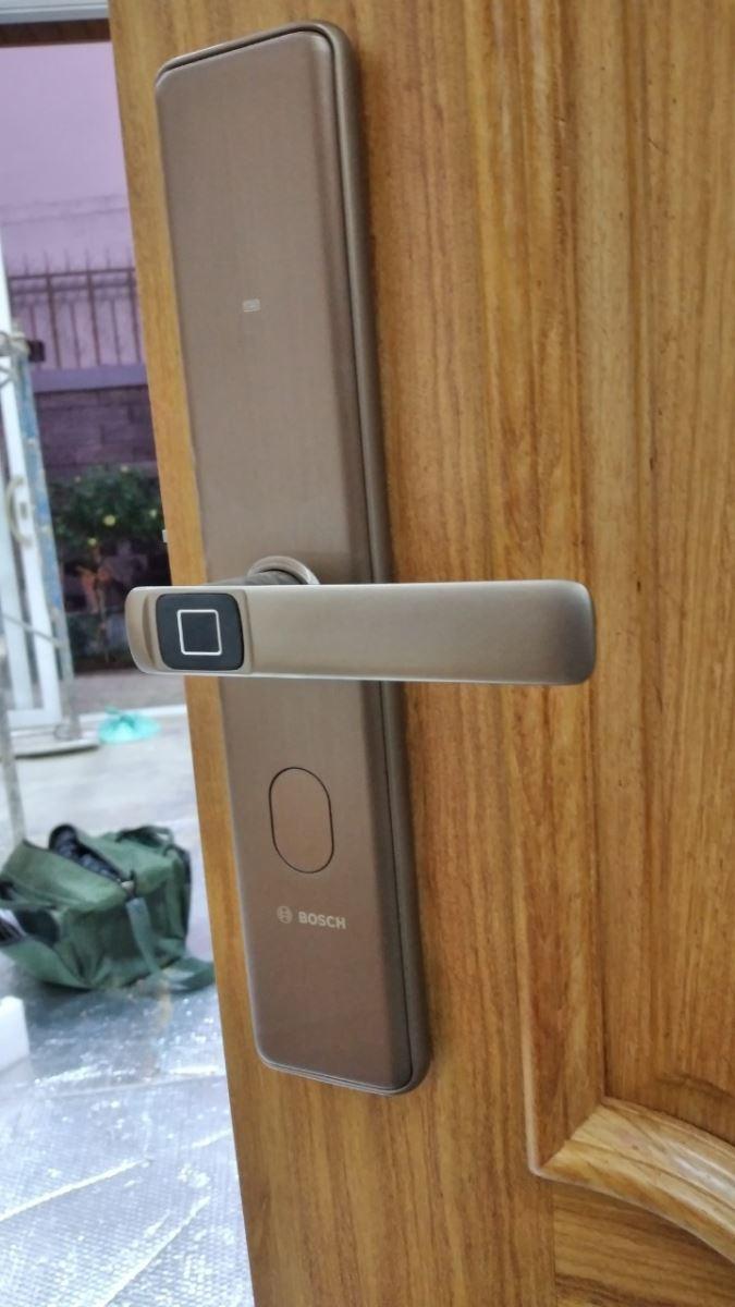 Khoá cửa điện tử Bosch ID 30B - màu vàng đồng-5